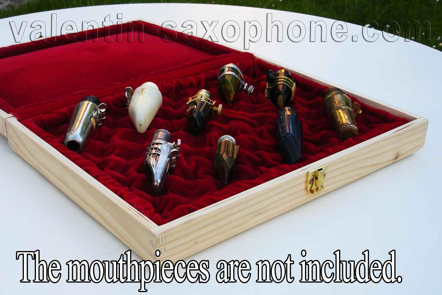Valentin cases : This showcase will highlight your favorite mouthpieces.