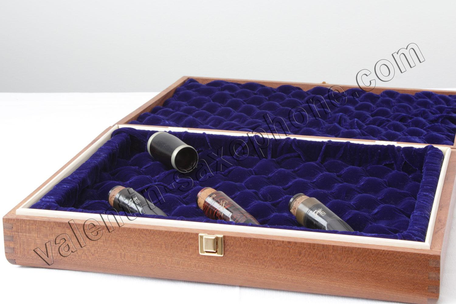 Valentin cases : Perhaps need you to store A clarinet barrel ?